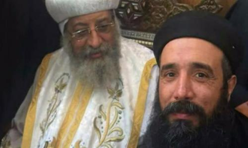 البابا تواضروس: يؤلمنا انتقال القمص سمعان.. ويعزينا انضمامه لموكب الشهداء