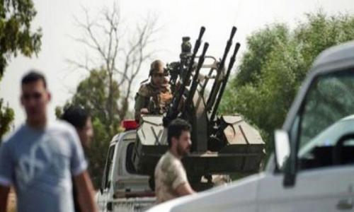 الصنداي: الحكومة الليبية تزود داعش بالأسلحة
