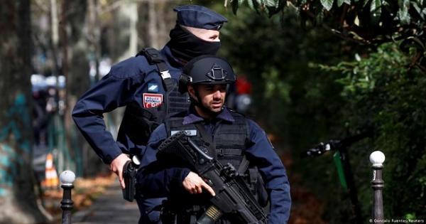 عاجل.. هجوم إرهابي في باريس