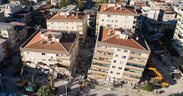 تركيا.. إرتفاع ضحايا زلزال إزمير العنيف