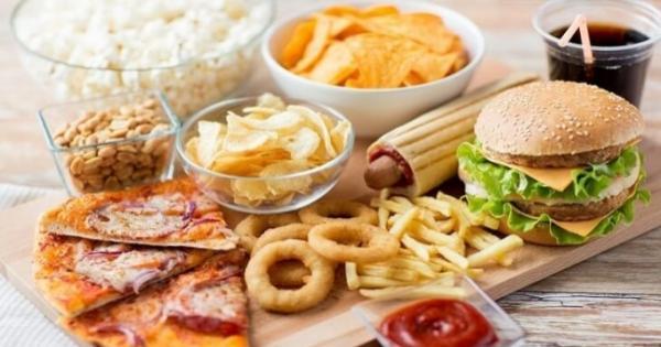 10 عادات غذائية يجب التوقف عنها فورًا: متفكش اللحوم المجمدة بالمياه