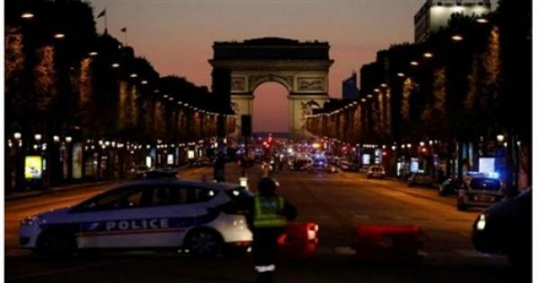 الشرطة الفرنسية تخلي «الشانزلزيه» للاشتباه في وجود إرهابي
