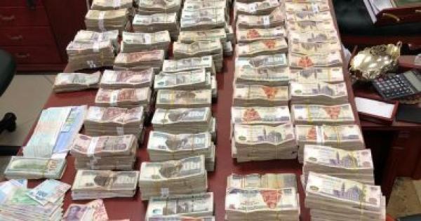 حبس ضابط بقسم مدينة نصر بتهمة سرقة 370 ألف من سيارة نقل أموال