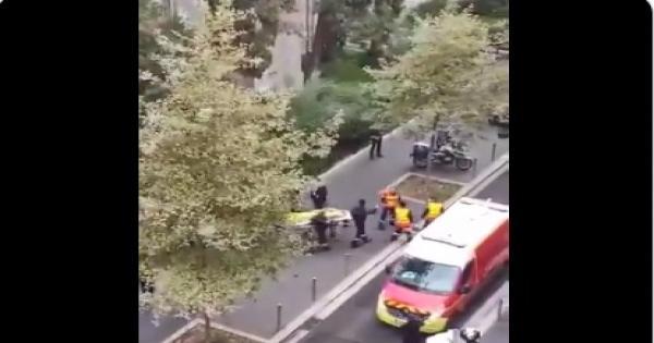بالفيديو.. لحظة إخراج جثامين ضحايا الذبح بكنيسة نوتردام بفرنسا