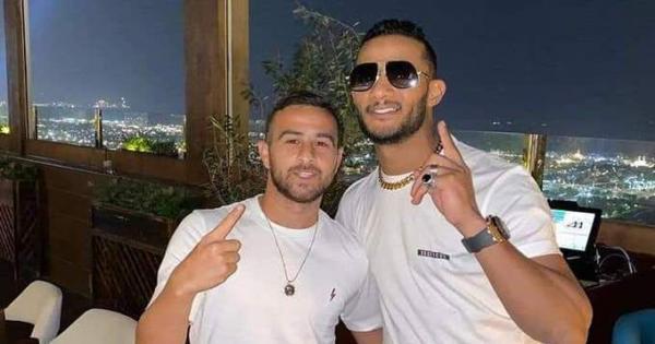 """محمد رمضان في مرمى """"السوشيال ميديا"""".. الفنان يظهر مع 3 إسرائيليين"""