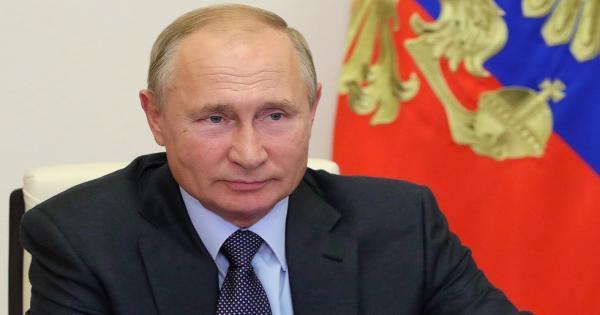 بوتين يشرح سبب عدم تقديمه التهنئة لبايدن ويعلق على النظام الانتخابي الأمريكي
