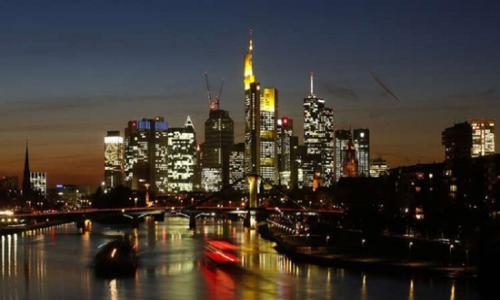 الصحة الألمانية : إصابة أكثر من 40 شخصا بكورونا بعد حضور قداس في فرنكفورت
