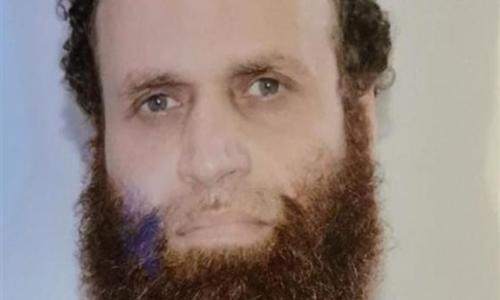 الجزيرة تمجد في الإرهابي هشام عشماوي .. وتصفه بالرائد ورمزا للمقاومة