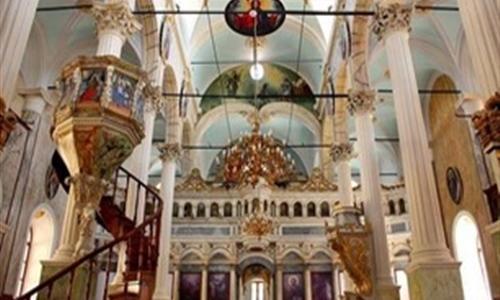 «المنبر».. وسيلة الوعظ الأثرية في الكنيسة الأرثوذكسية