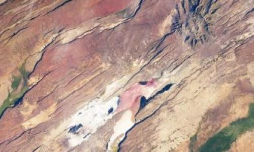 علماء فلك يتوقعون انشطار قارة إفريقيا وظهور محيط جديد فى المستقبل