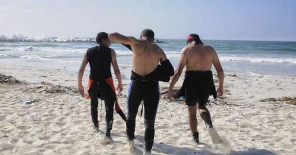 تاريخ شاطئ النخيل الأسود.. 8 سنوات من البحث عن بقايا الغرقى