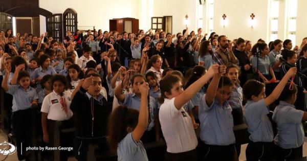 مليون طفل سيرفعون الصلاة إلى العذراء مريم من أجل خير العالم... الشهر المقبل