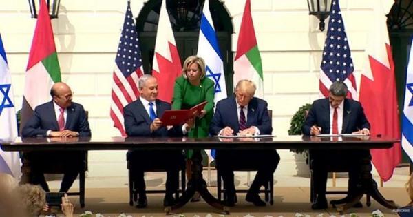 لحظة توقيع اتفاقيات السلام بين إسرائيل والإمارات والبحرين (فيديو)