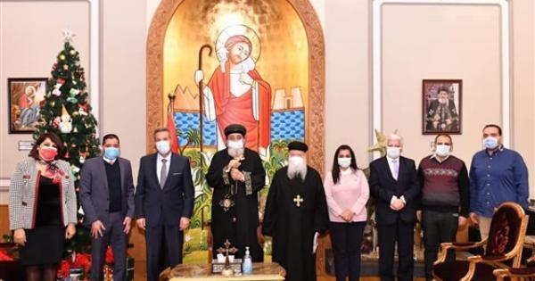 البابا تواضروس يستقبل رئيس بنك مصر في الكاتدرائية بالعباسية