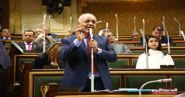 مصطفى بكرى أمام البرلمان: الصعيد حقه مهدور.. و«شيراتون البحر الأحمر» أصبح مأوى للفئران