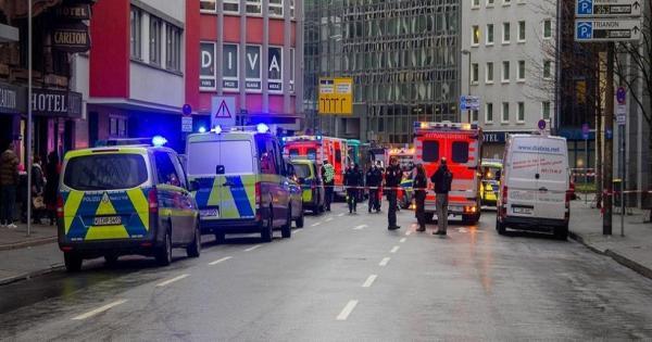عملية طعن تخلف عددا من الجرحى في فرانكفورت والشرطة تقبض على المنفذ