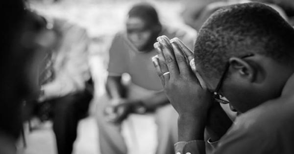 أوغندا: متطرفون يقتلون إمامًا سابقًا اعتنق المسيحية