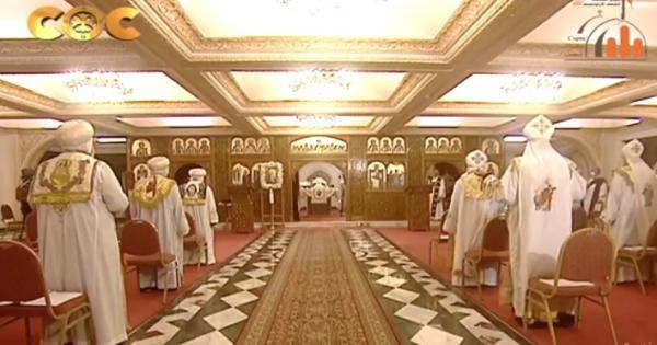 بث مباشر .. البابا تواضروس يرأس قداس عيد الغطاس بالإسكندرية