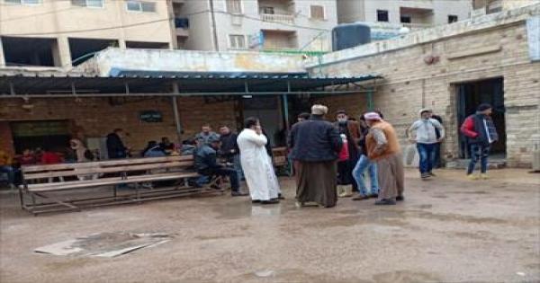 أهالي 9 ضحايا لمركب بحيرة مريوط يتسلمون جثامينهم بمشرحة العامرية لدفنهم