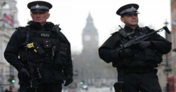عاجل .. الشرطة البريطانية تتعامل مع حادث أمنى خطير أوقع ضحايا فى ويلز