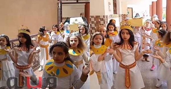بالزي الفرعوني.. طلاب المدرسة اليابانية يحاكون موكب المومياوات ببني سويف
