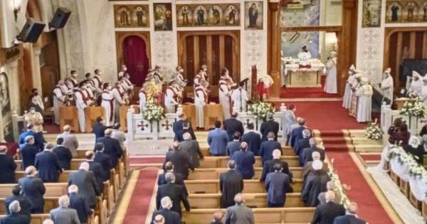 البابا تواضروس يحتفل باليوبيل الذهبي لكنيسة الملاك ميخائيل بالإسكندرية .. صور