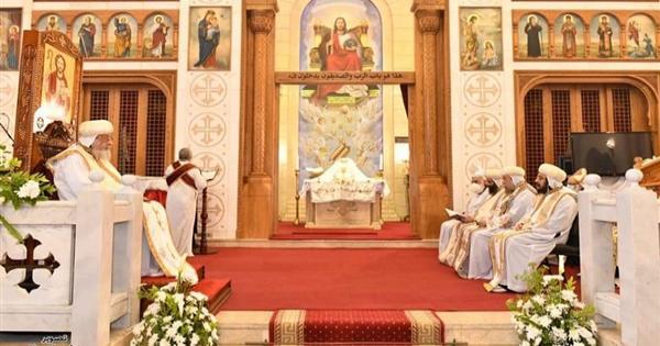 بالصور.. البابا تواضروس يصلى قداس اليوبيل الذهبي لكنيسة الملاك ميخائيل