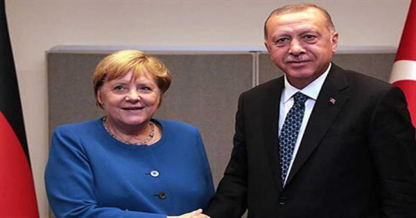 ميركل لأردوغان: انسحاب القوات الأجنبية من ليبيا «إشارة مهمة»