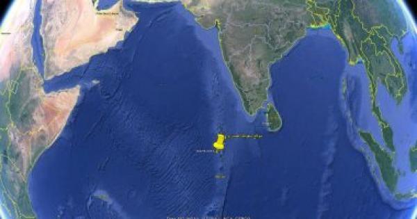 البحوث الفلكية: الصاروخ الصينى سقط بالمحيط الهندى فى الرابعة و24 دقيقة فجرًا