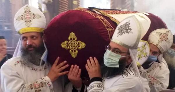 بدون حضور شعبي.. إيبارشية الفيوم تحتفل بعيد القديس الأنبا أبرآم