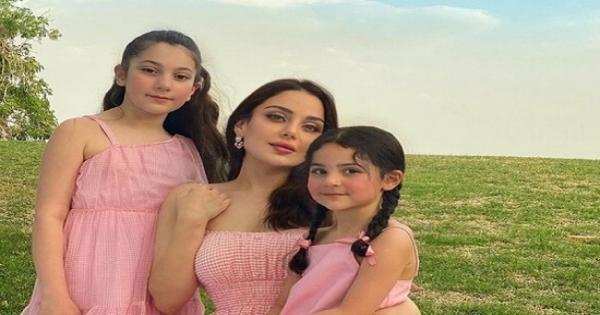 ابنة هيفاء وهبي على فراش المرض : دعواتكم  - صور