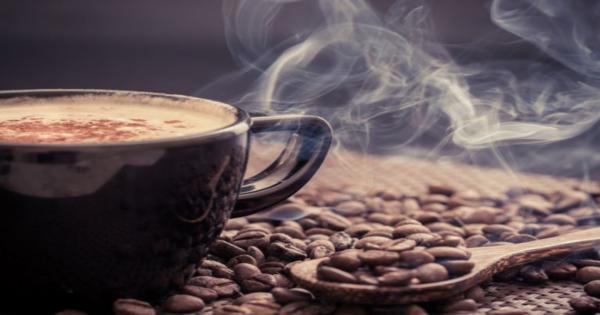 دراسة: الإفراط في تناول القهوة يشكل خطورة على البصر