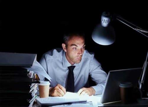 مجلة علمية : ابتكار طريقة تجعل الإنسان يظل مستيقظًا عدة أيام بكامل تركيزه وبدون تعب