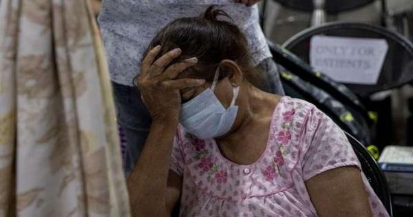 """الرعب في الهند مستمر.. أعراض جديدة بينها """"غرغرينة"""" و""""التهاب النخاع الشوكي"""""""
