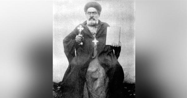 ذكرى حبيب الفقراء .. القصة الكاملة للأنبا ابرام أسقف الفيوم والجيزة