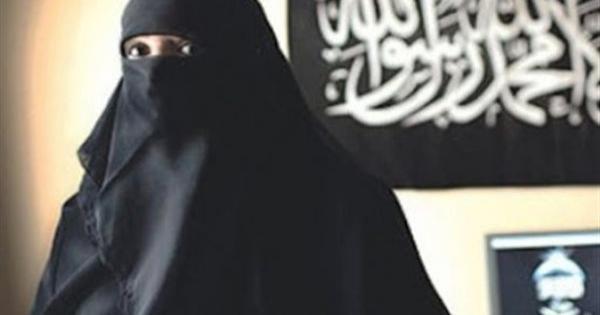 """أمدت إرهابيا بـ 25 ألف جنيه.. ننشر اعترافات متهمة في قضية """"داعش الزاوية"""""""